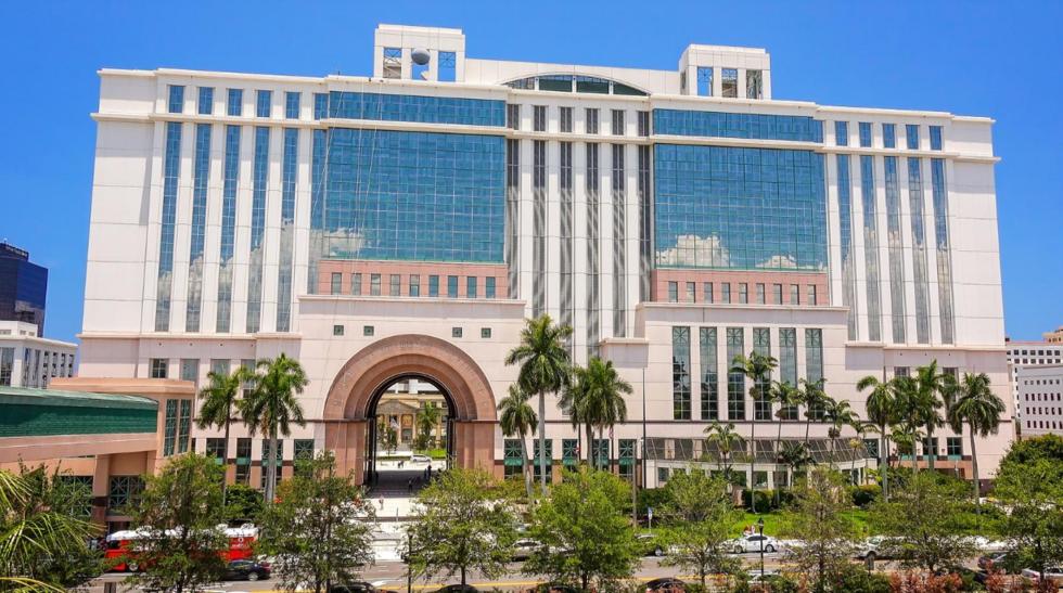 Wellington DUI attorneys // Main Palm Beach County Courthouse