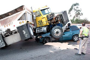 California Truck Accident Injury Lawyer