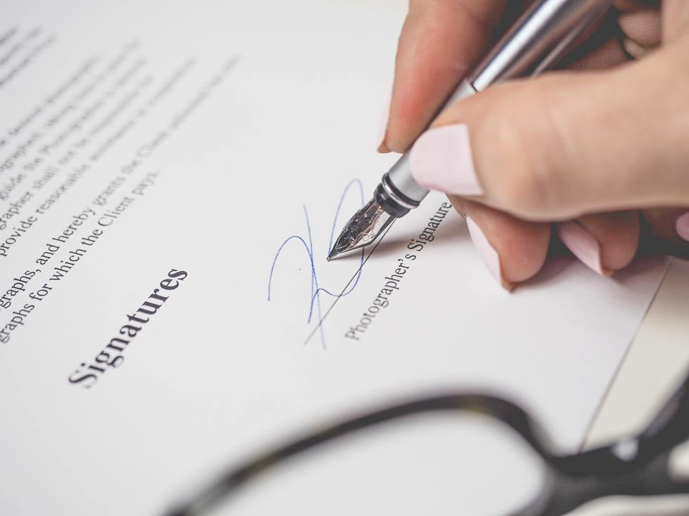 Signing a Business Contract
