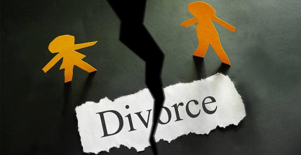 word divorce split in two