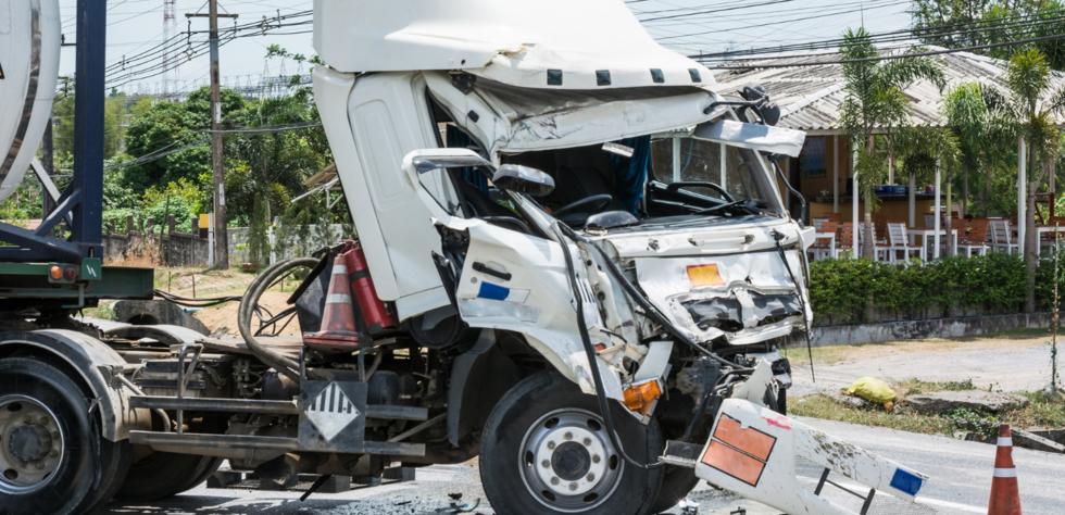 truck_accident_washington_oregon